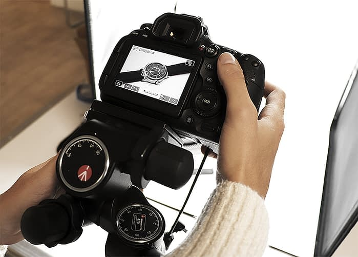 How to position camera before a manual focus stacking