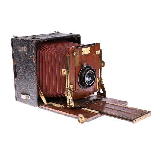 photograph your collectible items with packshotcreator
