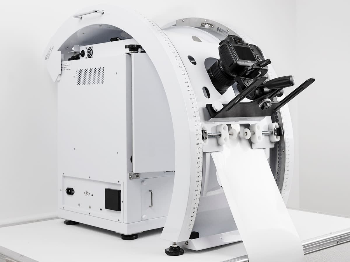 this photo studio is modulable and can evolve with an adaptated arm