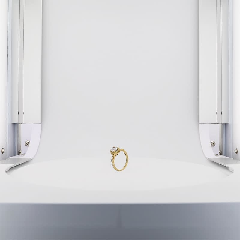 gold ring without dual lighting system
